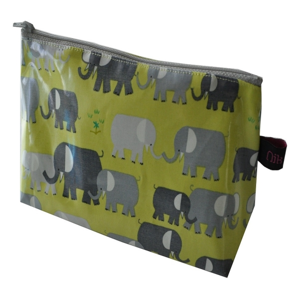 TROU002_006_0_trousse_elephants6.jpg