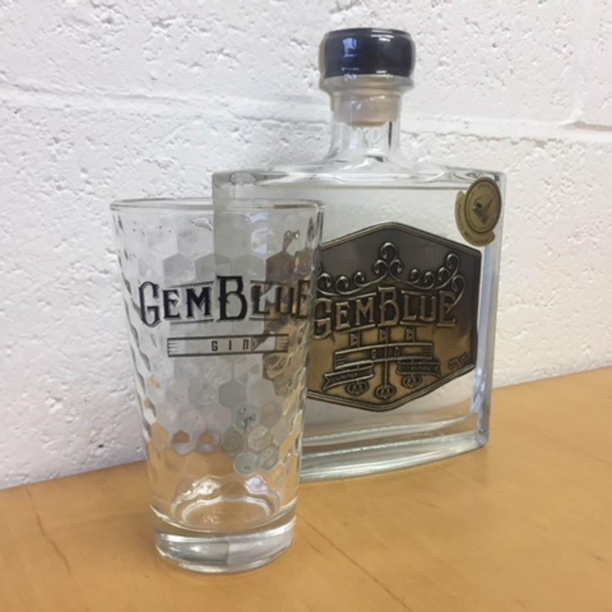 gin belge verre gemblue gin distillerie belge wave distil. Black Bedroom Furniture Sets. Home Design Ideas